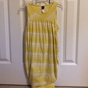 Girls tea yellow dress